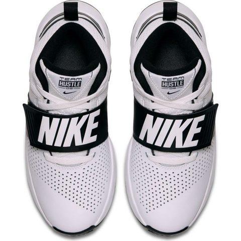 Boys' Nike Team Hustle D 8 (GS) Basketball Shoe