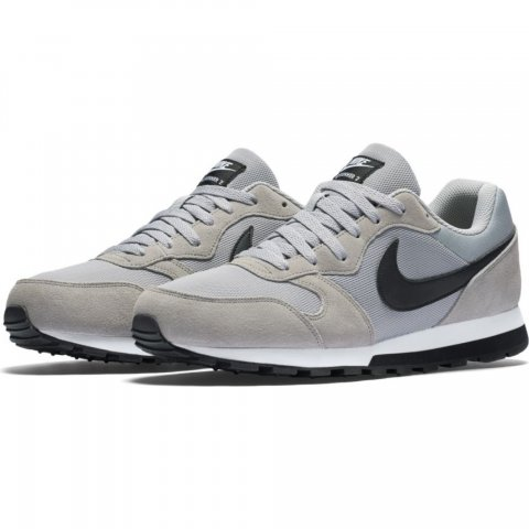 Men's Nike MD Runner 2 Shoe